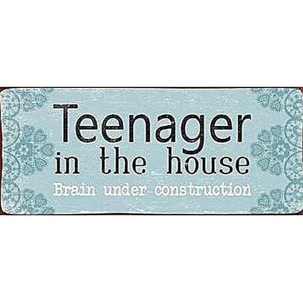 Plåtskylt Teenager in the house brain under construction
