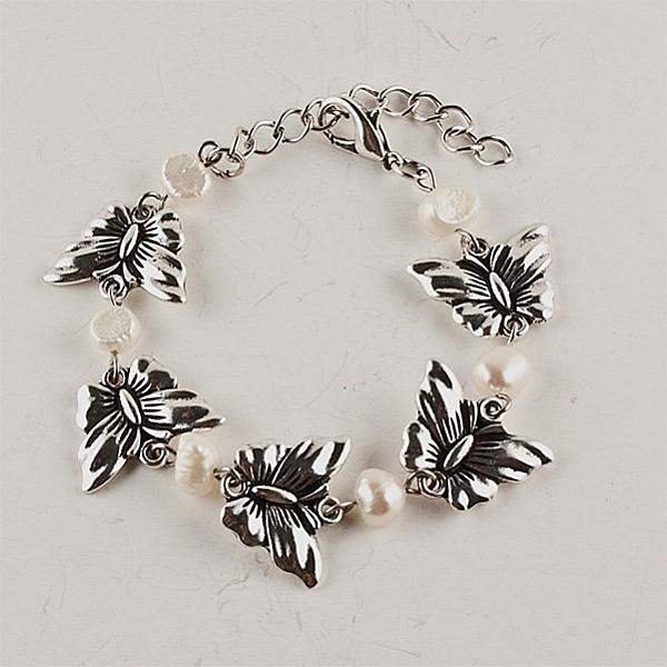 Armband Fjärilar och pärlor