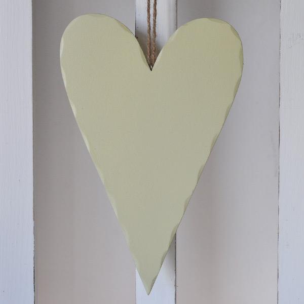 Trähjärta Olivgrön - 27 cm