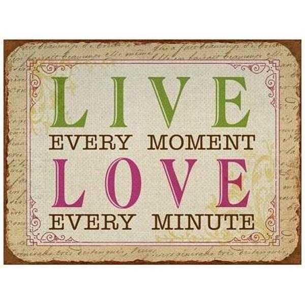Plåtskylt Live Love