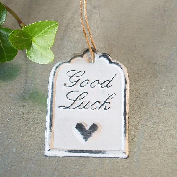 Tag Good Luck med hjärta 6 x 4 cm - Vit