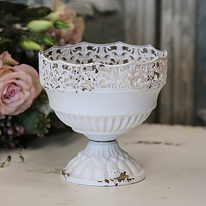 Metal Pot with lace edge