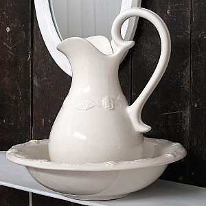 Wash Set / Wash Jug and Bowl - Roses - Medium